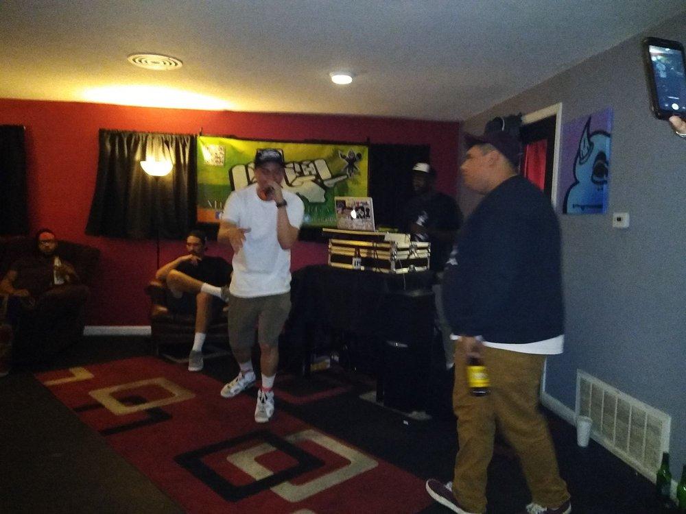 Steadfast Studios: 919 W 16th St, Merced, CA