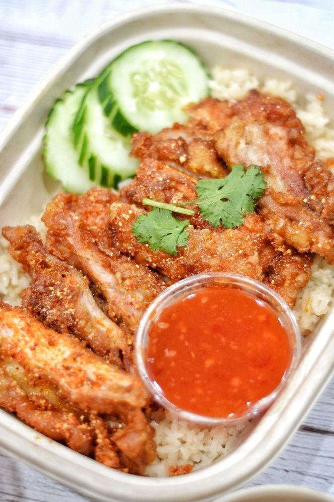 Food from Hen Chicken Rice