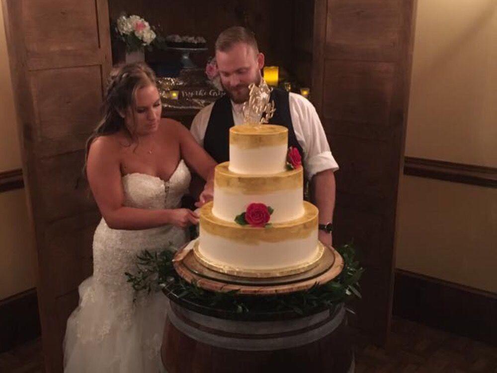 Karen Rodkey Cakes: 815 Hickory Rd, Littlestown, PA