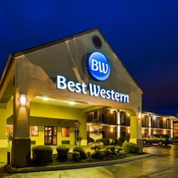 Photo Of Best Western Carriage House Inn Suites Jackson Tn United States