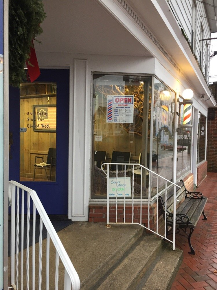 Tony's Barber Shop: 708 Boston Post Rd, Madison, CT