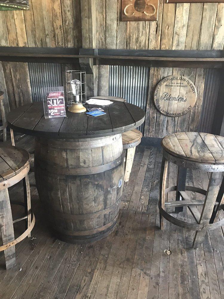 Golden's Pub & Deli: 5493 Paris Pike, Georgetown, KY