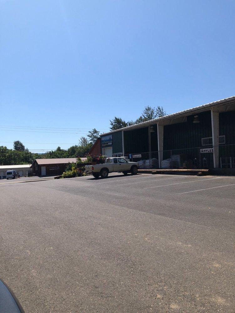 Dickey Farms: 511 W Steuben St, Bingen, WA