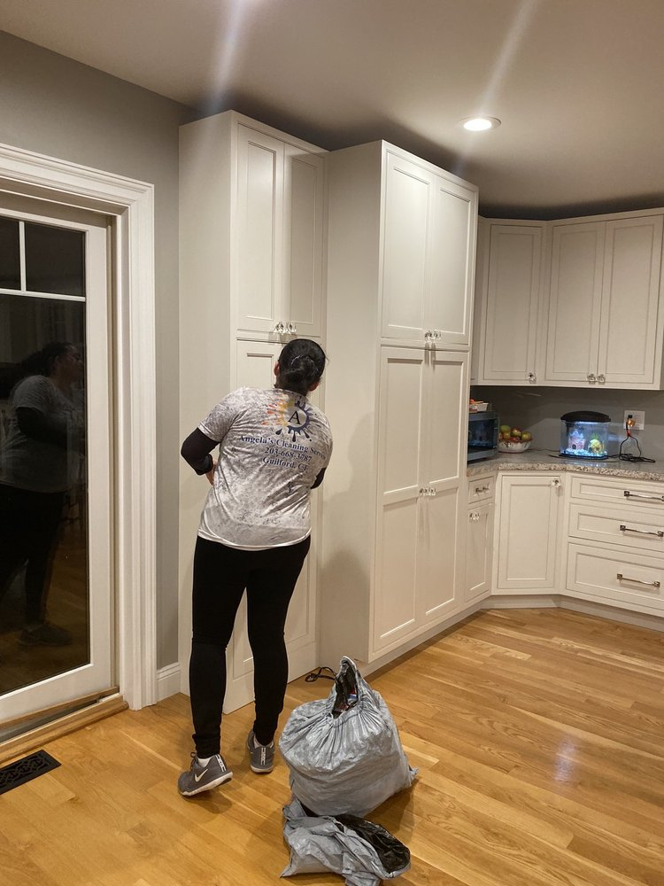 Angela's Cleaning Services: Guilford, CT