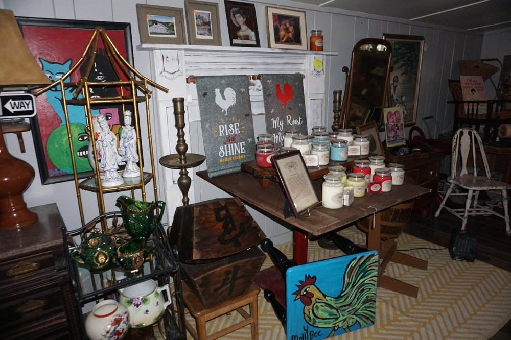 Second Market and Company: 607 N Washington St, Round Top, TX