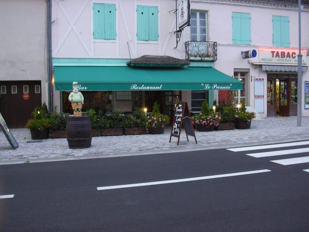 Hôtel Restaurant Les Terrasses - Châtel de Neuvre