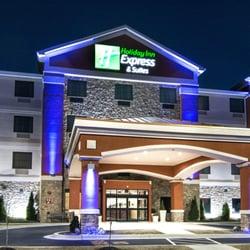 5 Holiday Inn Express Suites Elkton University Area