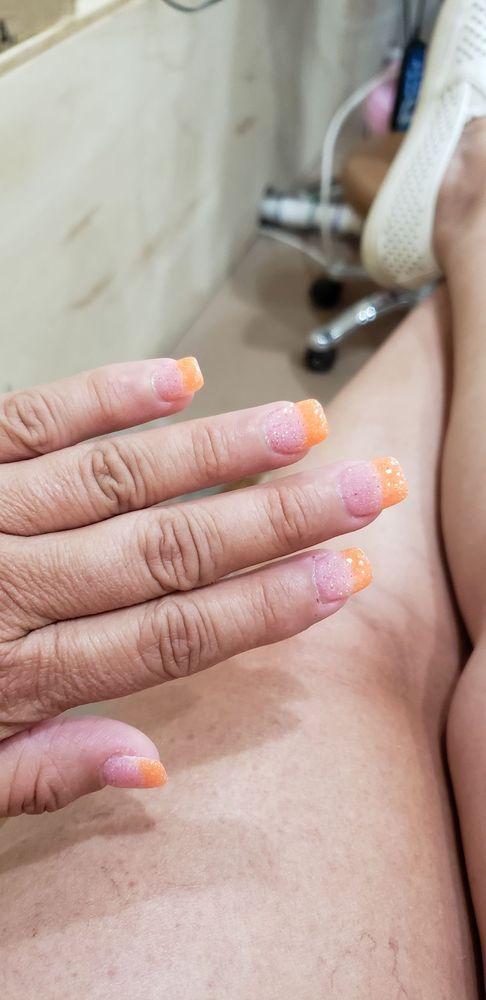 Jarrell Nails & Hair: 305 Limestone Ter, Jarrell, TX