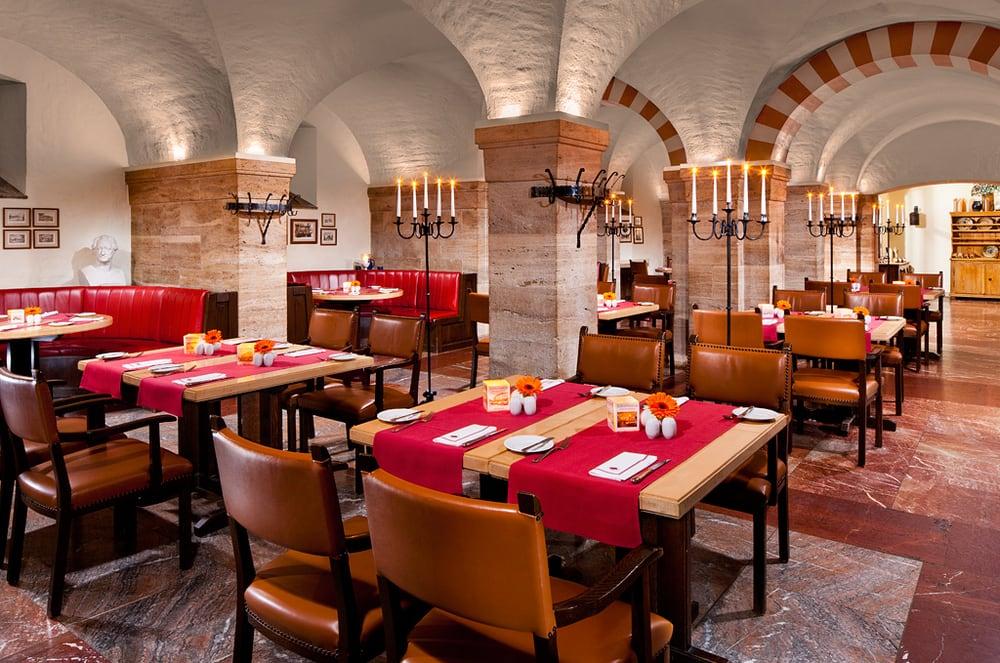 restaurant elephantenkeller 12 beitr ge deutsch markt 19 weimar th ringen deutschland. Black Bedroom Furniture Sets. Home Design Ideas