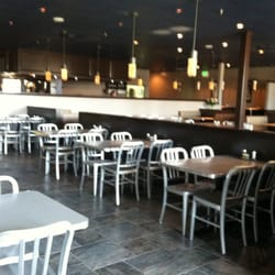 Photo Of Gunnings Seafood Restaurant Linthi Heights Md United States Can Accommodate