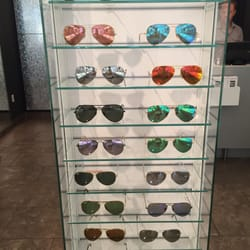 Sunglass Hut Reviews  sunglass hut 12 reviews eyewear opticians 596 broadway