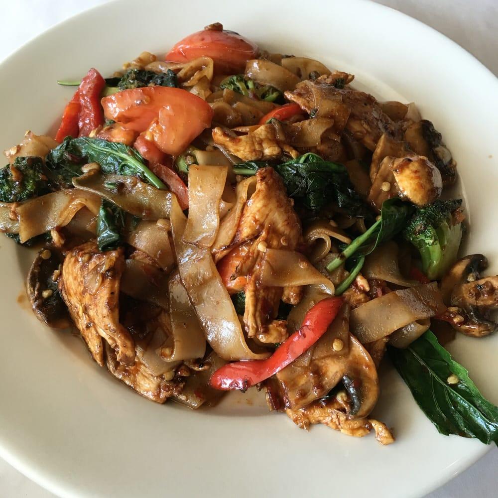 Pad kee mao yelp for Anothai cuisine cypress