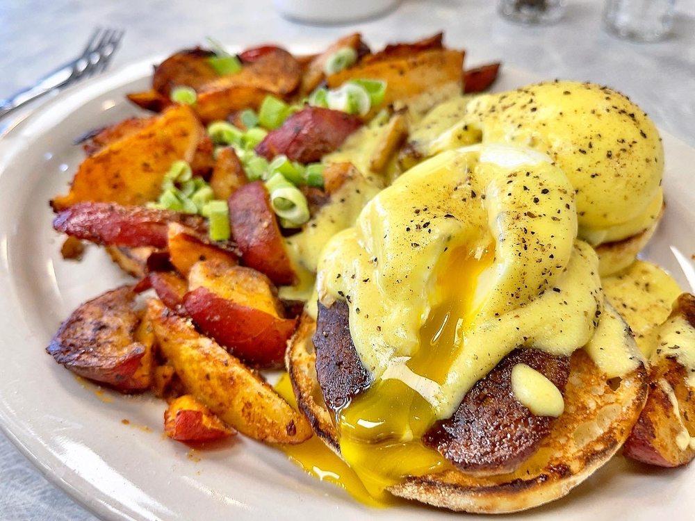 Fat Nats Eggs: 3540 Winnetka Ave N, New Hope, MN