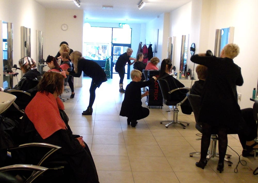 Julie waterhouse hair hair salons duke street st for Aberdeen college beauty salon