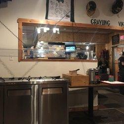 Gray Rock Pub Grub 28 Photos 14 Reviews Cafes 2123 E