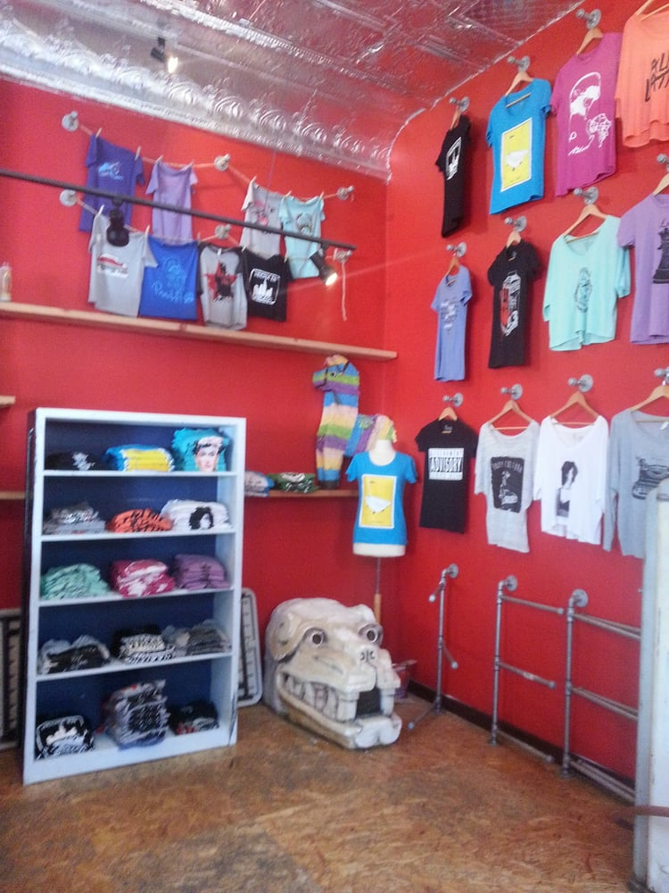 No Manches Clothing