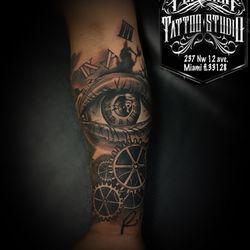 Por Vida Tattoos - 11 Photos - Tattoo - 237 NW 12th Ave, Little ...
