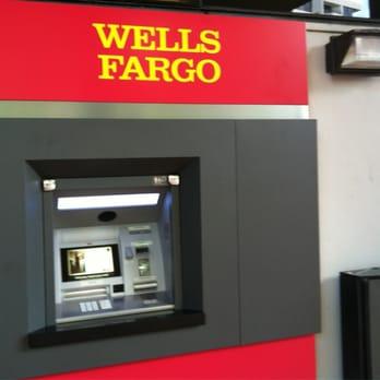 Wells Fargo Bank - Banks & Credit Unions - 2665 S Bayshore Dr ...