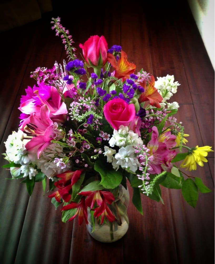 Lilis blooms closed florists 5415 maple ave oak lawn dallas lilis blooms closed florists 5415 maple ave oak lawn dallas tx yelp izmirmasajfo