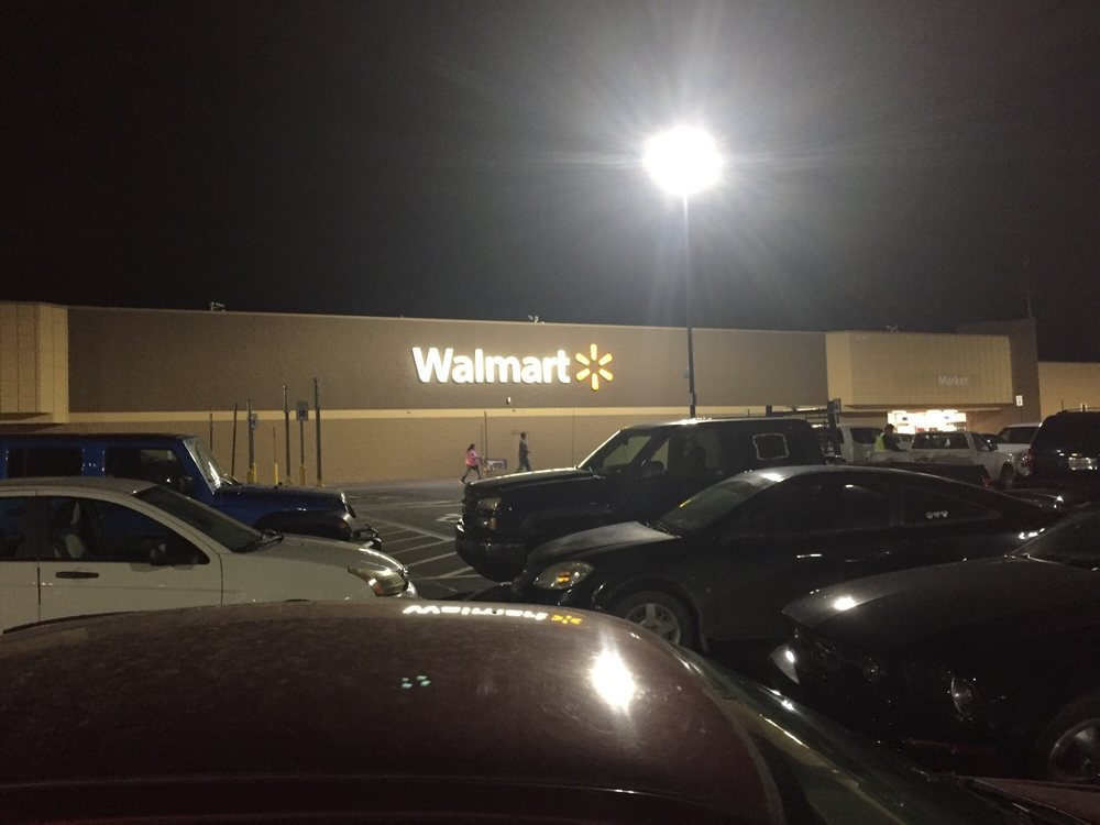 Walmart Supercenter: 2710 N Broadway St, Pittsburg, KS