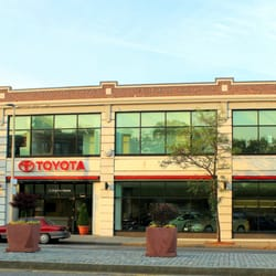 Herb Chambers Toyota Boston