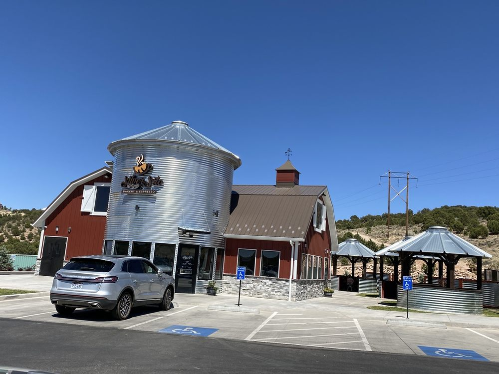 Silver Silo Bakery & Espresso: 777 S Cross Hollow Rd, Cedar City, UT
