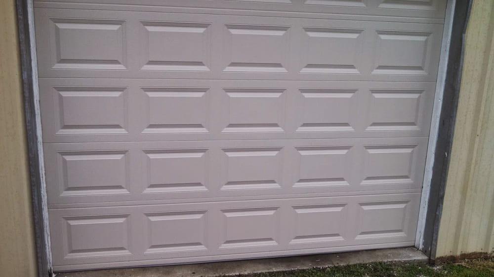 J&J Garage Door Service: 492 State Highway JJ, Blue Eye, MO