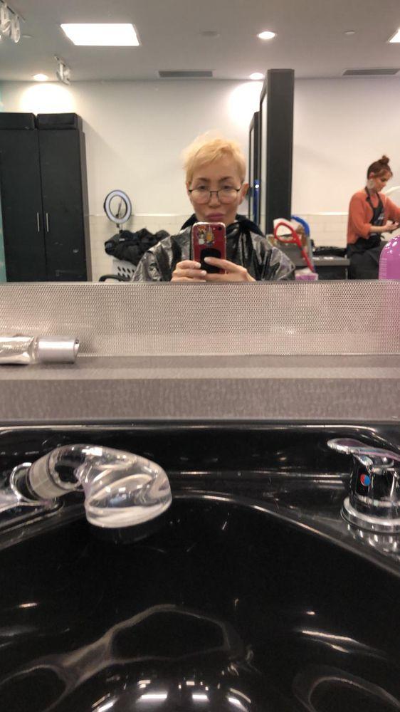 Salon Scavo