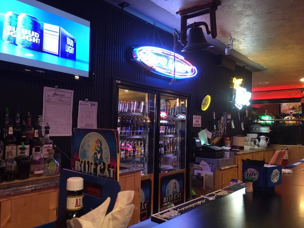 Blue Cat Bar & Grill: 139 Northern Ave, Huntley, MT