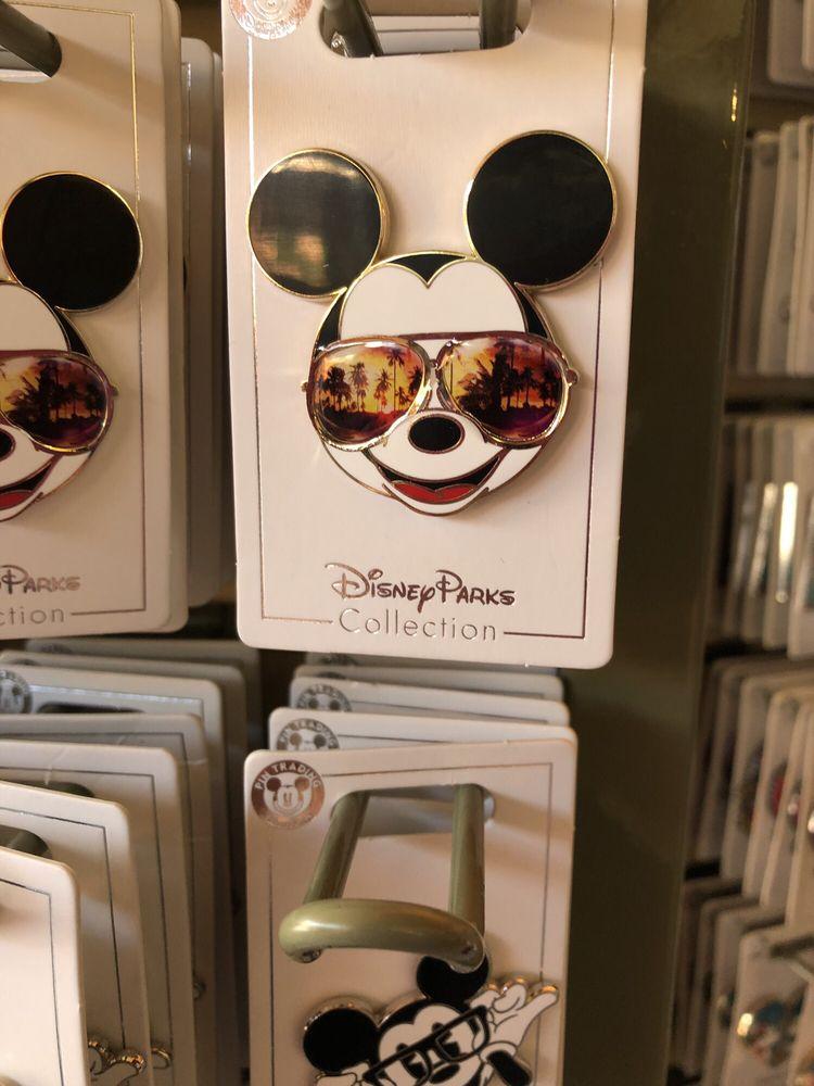 Disney's Pin Traders - 64 Photos & 16 Reviews - Hobby Shops - S