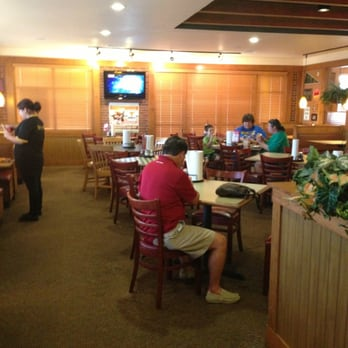 Photo Of Pizza Hut Jacksonville Tx United States Dining Room Nice