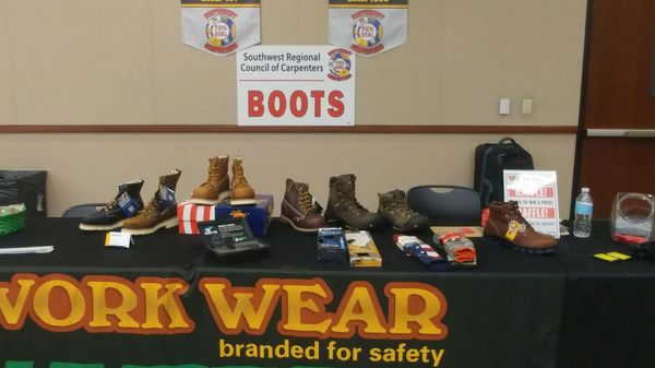 Work Wear Safety Shoes 4414 Menaul Blvd NE Ste 2 Albuquerque, NM Safety  Equipment & Clothing Manufacturers - MapQuest