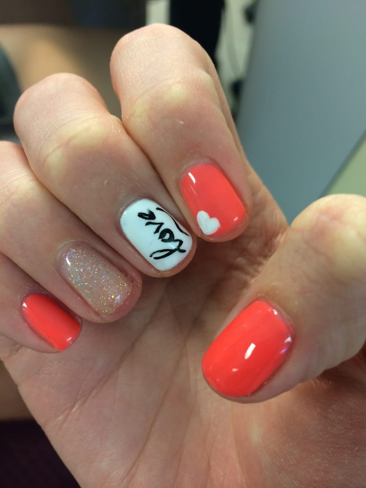 Independence Nail Salon Gift Cards - Missouri | Giftly