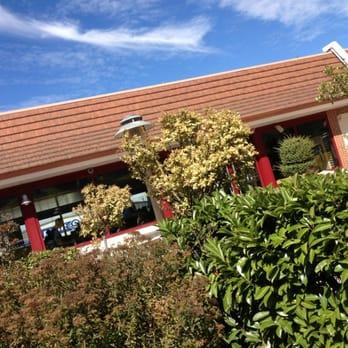 Mcdonald s fast food 137 145 avenue du g n ral leclerc for Table exterieur mcdo