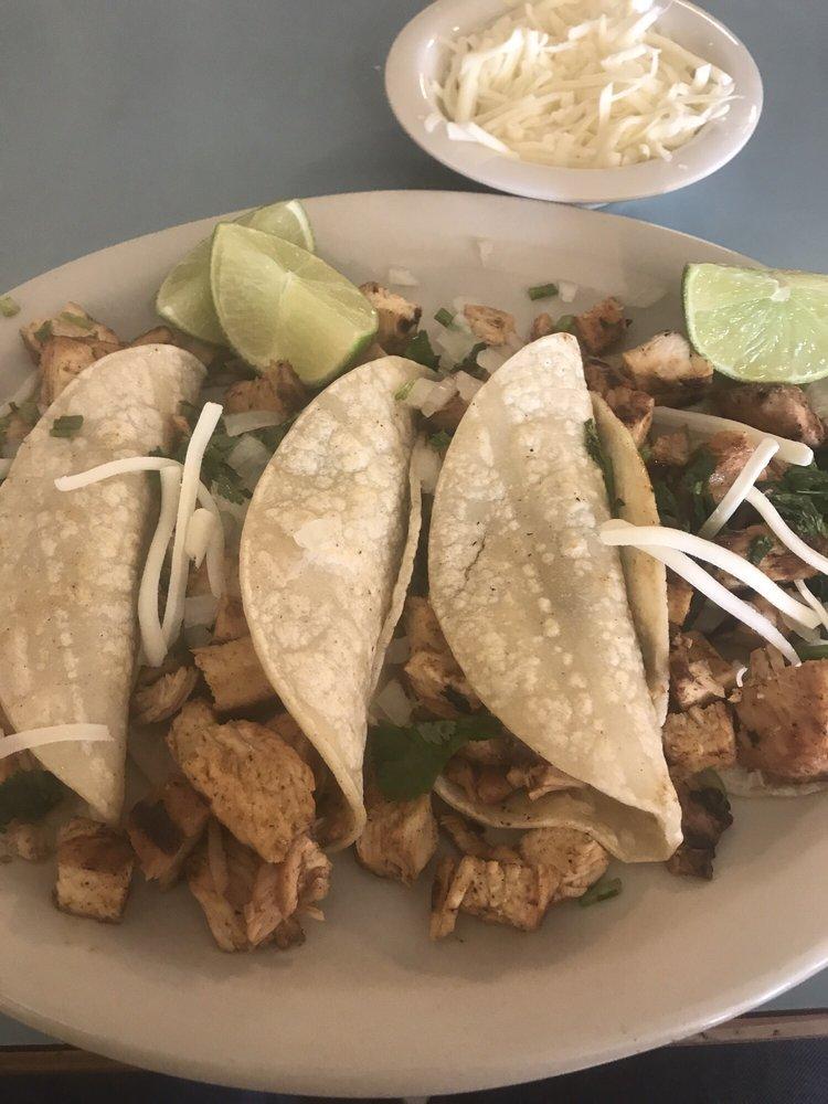 Diaz Tex-Mex: 805 S Bosque St, Whitney, TX