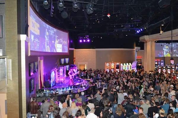Hollywood gaming austintown casino de paris salle de jeux