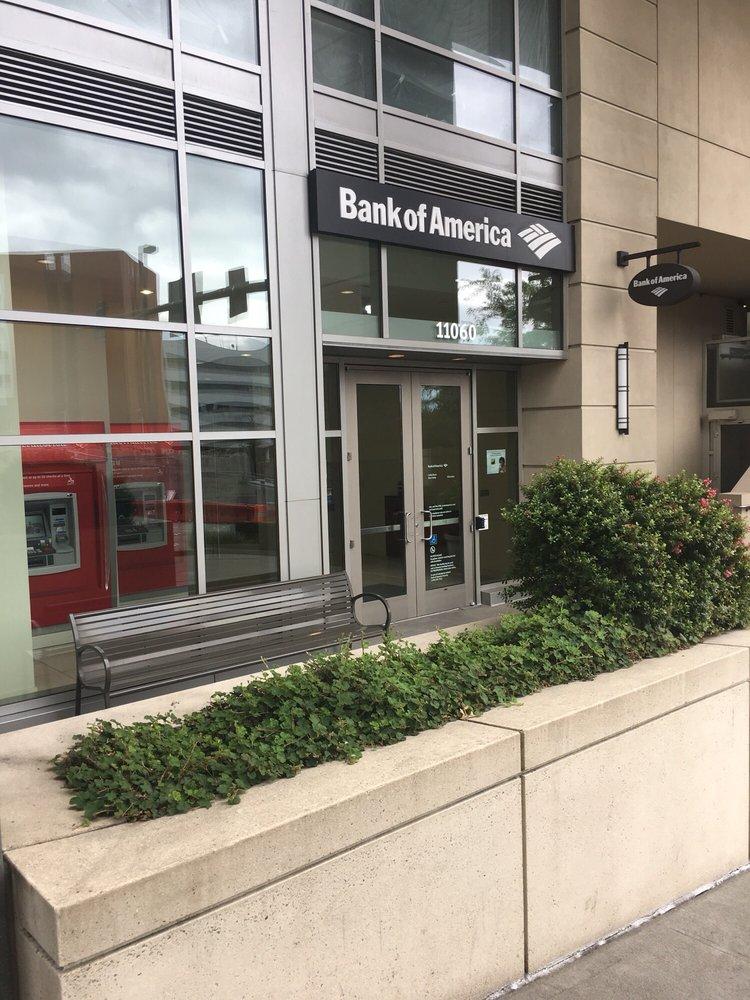Bank of America: 11060 NE 6th St, Bellevue, WA