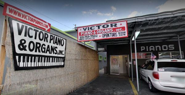 Victor Pianos & Organs