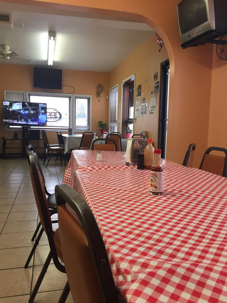 Restaurant Vallarta: 1153 23rd Ave, Columbus, NE
