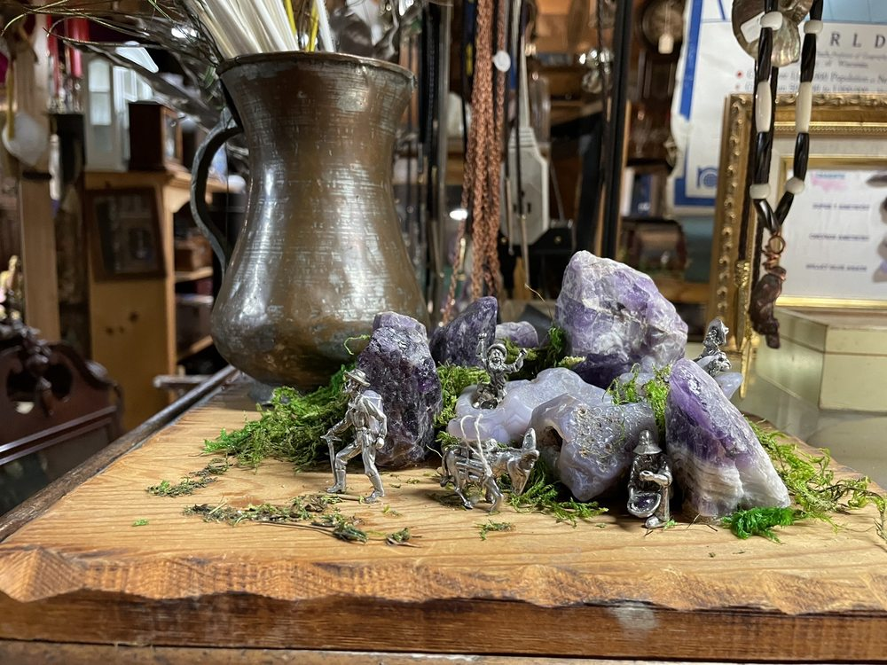 Purple Tornado rocks & antiques: 11309 Renton Issaquah Rd SE, Issaquah, WA