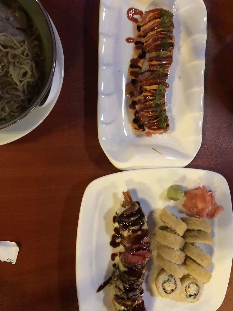 Charlie's Sushi & Japanese Restaurant: 1200 Cleveland St, Clearwater, FL