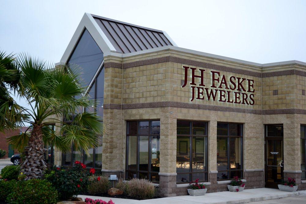 JH Faske Jewelers: 527 Hwy 290 W, Brenham, TX