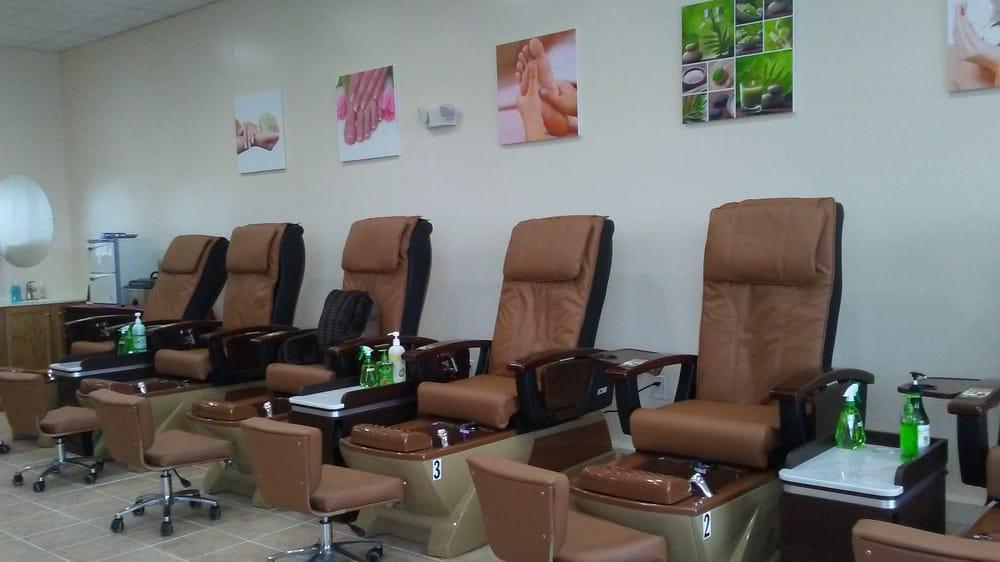 Photos for nail garden spa yelp for Nail salon winter garden village