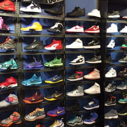 Kids Foot Locker - Shoe Stores - 7804 Abercorn St 907d284dd