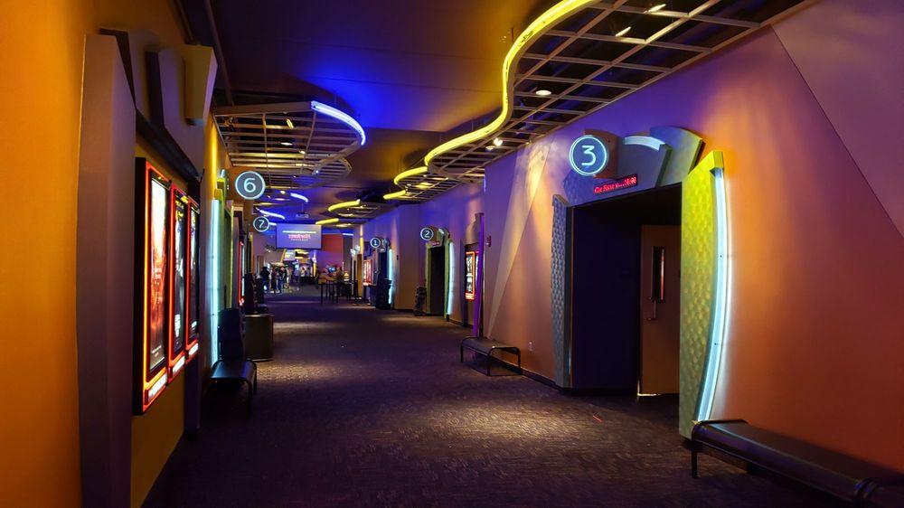 Harkins Theatres Gateway Pavilions 18