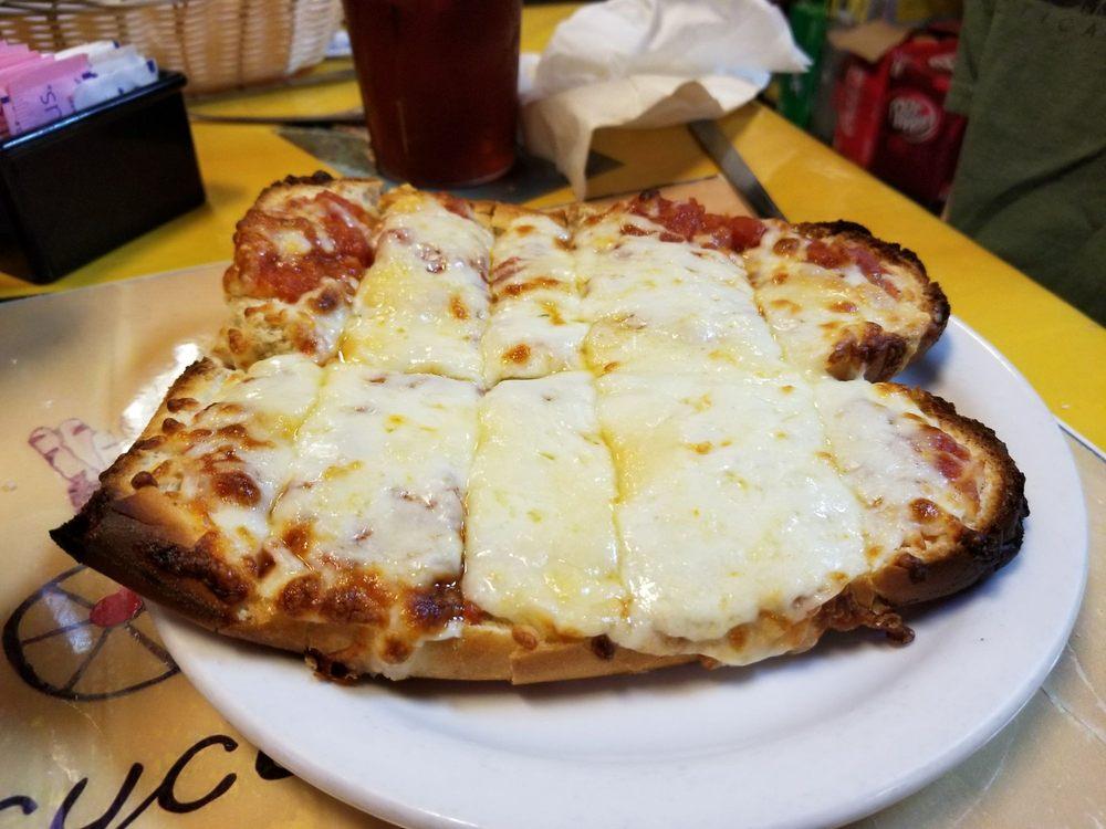 Pasta Bella Restaurant: 103 S Llano St, Fredericksburg, TX