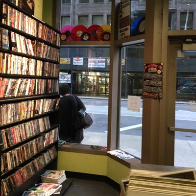 Reckless Records 26 E Madison St Chicago Il Dvd Sales