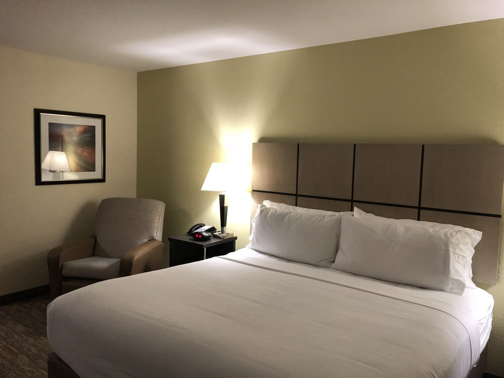 Candlewood Suites Waco: 2700 S New Rd, Waco, TX