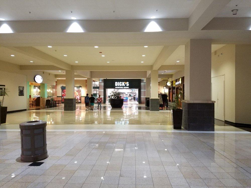 DICK'S Sporting Goods: 1 Crossgates Mall Rd, Albany, NY
