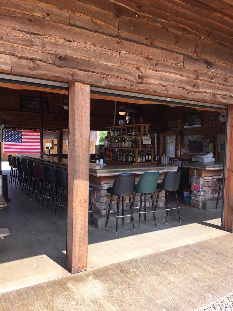 National Pike Pavilion: 3930 National Pike, Farmington, PA